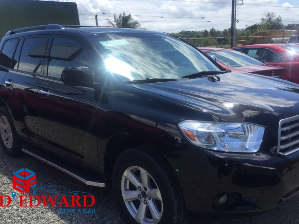 Toyota Highlander Black